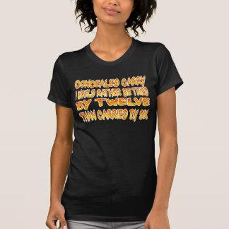 T-shirt Caché portez le T-shirt.