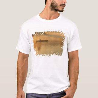 T-shirt canoéiste, parc d'Algonguin, Ontario, Canada