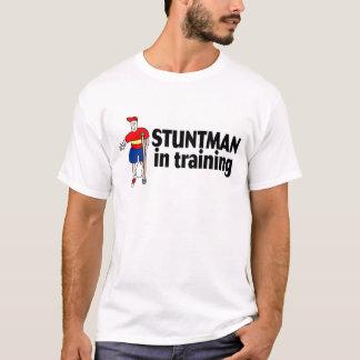T-shirt Cascadeur dans la formation 2