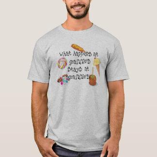 T-shirt Ce qui se produit aux SÉJOURS de Grammie chez