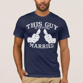 T-shirt Ce type obtient la pièce en t mariée