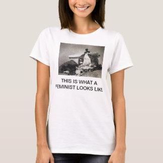 T-shirt C'est ce qui ressemble un féministe à la chemise