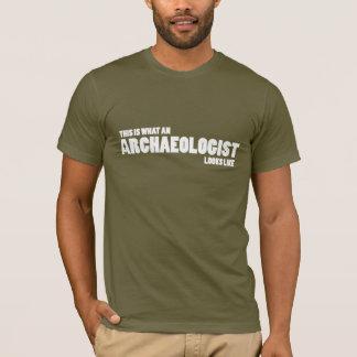 """T-shirt """"C'est quel archéologue ressemble"""" à la pièce en t"""