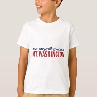 T-shirt cet randonneur est monté la chemise ou le