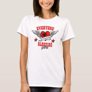 T-shirt Chacun aime une fille albanaise