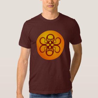 T-shirt chanceux de charme de Flourish