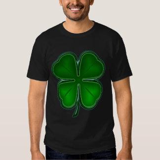 T-shirt chanceux de trèfle de 4 feuilles