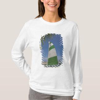 T-shirt Chat de Hobie, île-hôtel de plantation