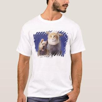 T-shirt Chat et chien avec des masques