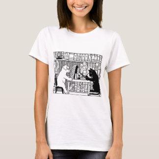 T-shirt Chat et chien dans la bibliothèque