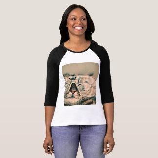 T-shirt Chat frais dans la copie de photo en verre