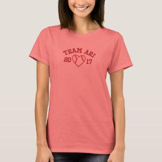 T-shirt Chemise de base-ball du coeur des femmes d'Ari