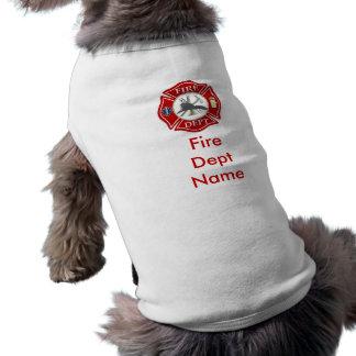 T-shirt Chemise de chienchien de croix maltaise de sapeur-