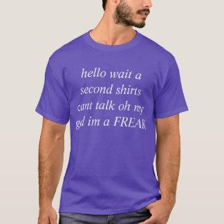 T-shirt chemise de crise d'identité