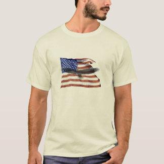 T-shirt Chemise de drapeau et d'aigle chauve