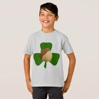 T-shirt Chemise de gland et de shamrock