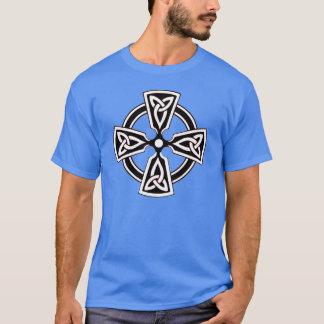 T-shirt Chemise de motif de croix celtique