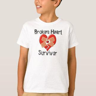 T-shirt Chemise de survivant du coeur brisé