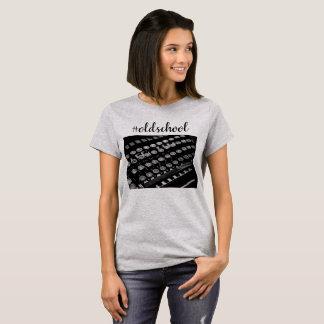 T-shirt Chemise de vieille école de machine à écrire