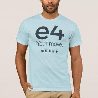 T-shirt Chemise d'échecs : e4