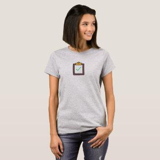T-shirt Chemise d'icône faite par tâche simple