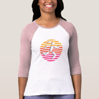 T-shirt chemise femelle de rose de coureur