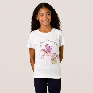 T-Shirt Cheval féerique sautant d'un lit de fleur