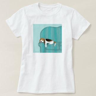 T-shirt Chien heureux de divan de beagle