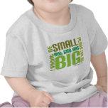 T-shirt chrétien de bébé de grands plans