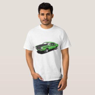 T-shirt classique de voiture de challengeur vert
