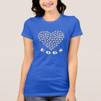 T-shirt Coeur mignon d'empreinte de patte de chiots