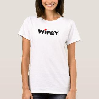 T-shirt coeur, Wifey