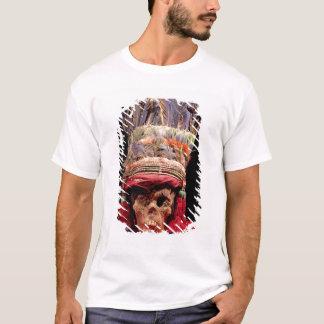 T-shirt Coiffe faite varier le pas sur un crâne, du Pérou