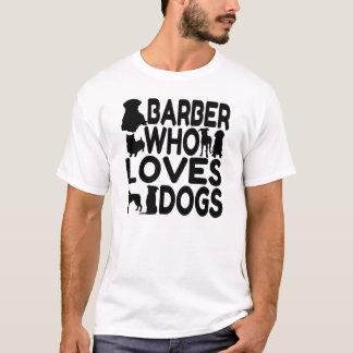 T-shirt Coiffeur qui aime des chiens