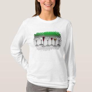 T-shirt Collection de verres de vin de tiges de torsion