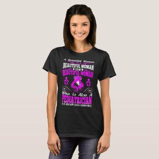 T-shirt Combinaison mortelle de belle pédiatre de femme