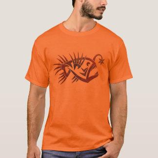 T-shirt Conception tribale de chemise de la lotte de mer
