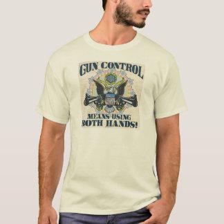 T-shirt Contrôle des armes : Utilisant les deux mains Arme