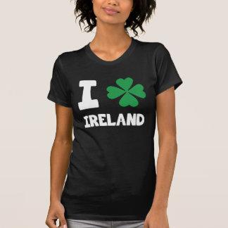 T-shirt Copie chanceuse d'I d'amour de shamrock mignon de