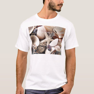 T-shirt Coquilles de mer par le rivage