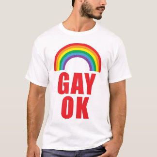 T-shirt CORRECT gai de fierté avec le texte rouge