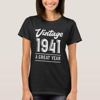 T-shirt Costume pour le soixante-dix-septième cadeau