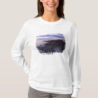 T-shirt Côte rocheuse au coucher du soleil dans Kintyre,