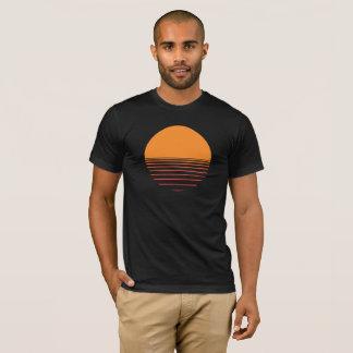 T-shirt Coucher du soleil au-dessus de la conception de