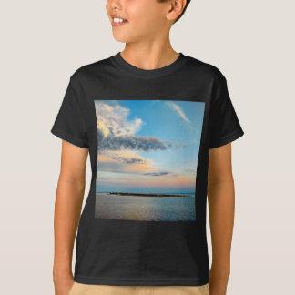 T-shirt Coucher du soleil au-dessus de l'île