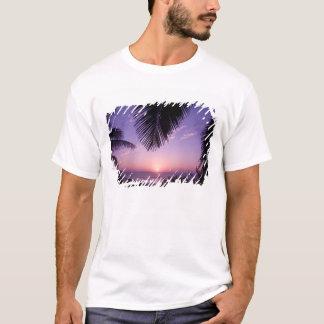 T-shirt Coucher du soleil au West End, caïman Brac, Îles