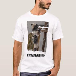 T-shirt coup de main de panda