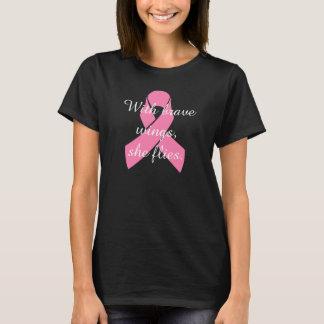 T-shirt courageux d'ailes de cancer du sein
