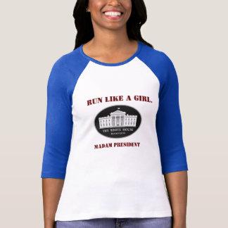 T-shirt Courez comme Madame président de fille