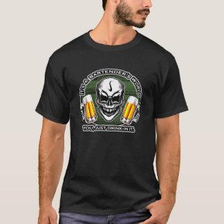 T-shirt Crâne 6 de barman : C'est le monde d'un barman